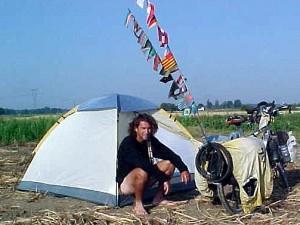 pablo Garcia en su vuelta al mundo en bicicleta